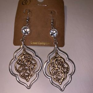 Jewelry - Silver and gold Earrings with Crystal
